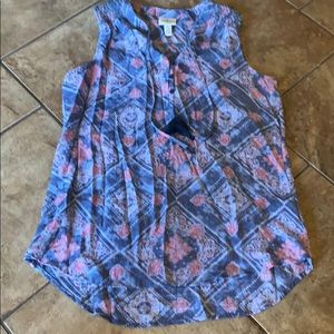 At Johns Bay Flowy Hi low top size Medium